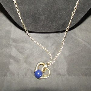 Jewelry - Vtg. gold heart blue bead fashion necklace